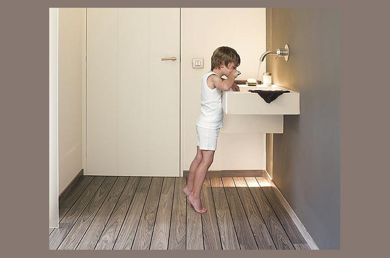 laminaat-vloer-in-badkamer